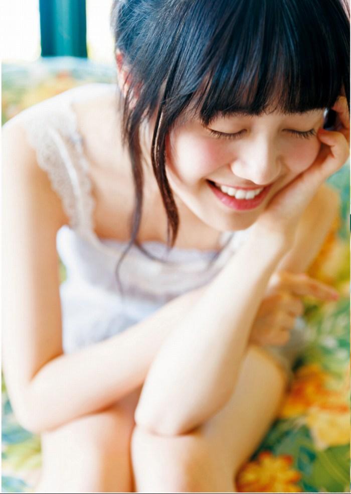 【伊藤美来グラビア画像】笑顔がステキな美少女系声優のエロカワ写真 52