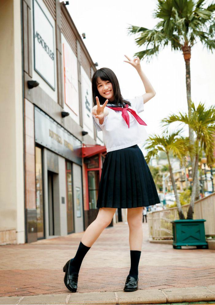 【伊藤美来グラビア画像】笑顔がステキな美少女系声優のエロカワ写真 63