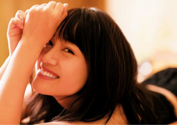【伊藤美来グラビア画像】笑顔がステキな美少女系声優のエロカワ写真 73