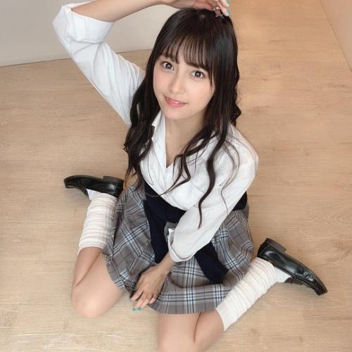 【小山璃奈エロ画像】アイドル辞めてモデルとして再スタートを切った女の子 36