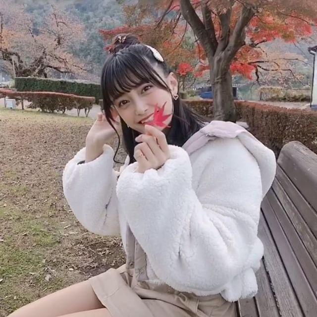 【小山璃奈エロ画像】アイドル辞めてモデルとして再スタートを切った女の子 43