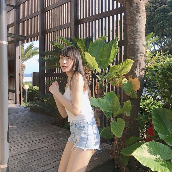 【小山璃奈エロ画像】アイドル辞めてモデルとして再スタートを切った女の子 50