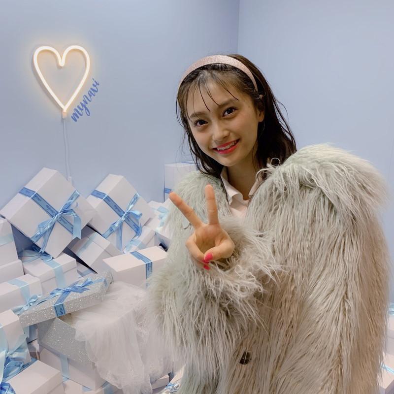 【小山璃奈エロ画像】アイドル辞めてモデルとして再スタートを切った女の子 80