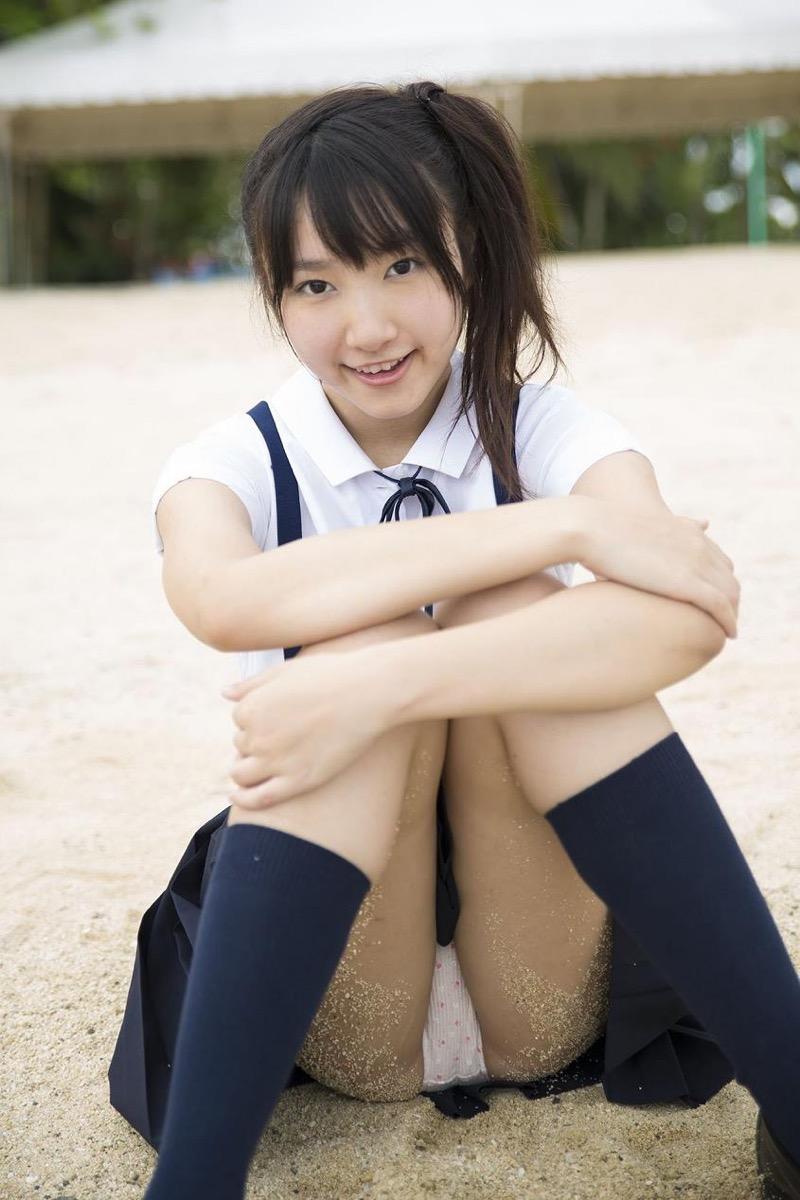 【山田菜々グラビア画像】あどけない顔立ちにムッチリボディがエロい元NMB48アイドル 05