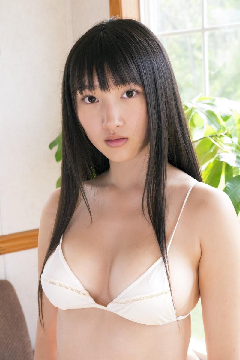 【山田菜々グラビア画像】あどけない顔立ちにムッチリボディがエロい元NMB48アイドル 07