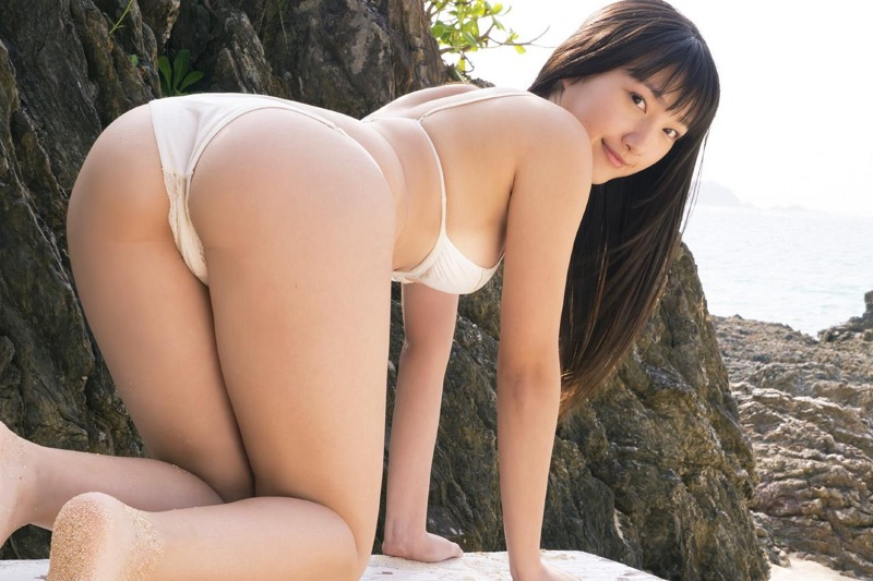 【山田菜々グラビア画像】あどけない顔立ちにムッチリボディがエロい元NMB48アイドル 21