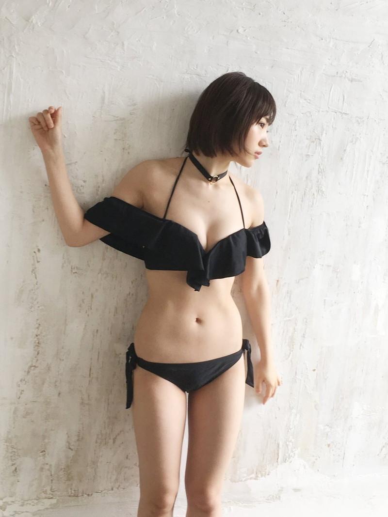 【太田夢莉グラビア画像】ショートヘアが似合って可愛い元アイドル 26
