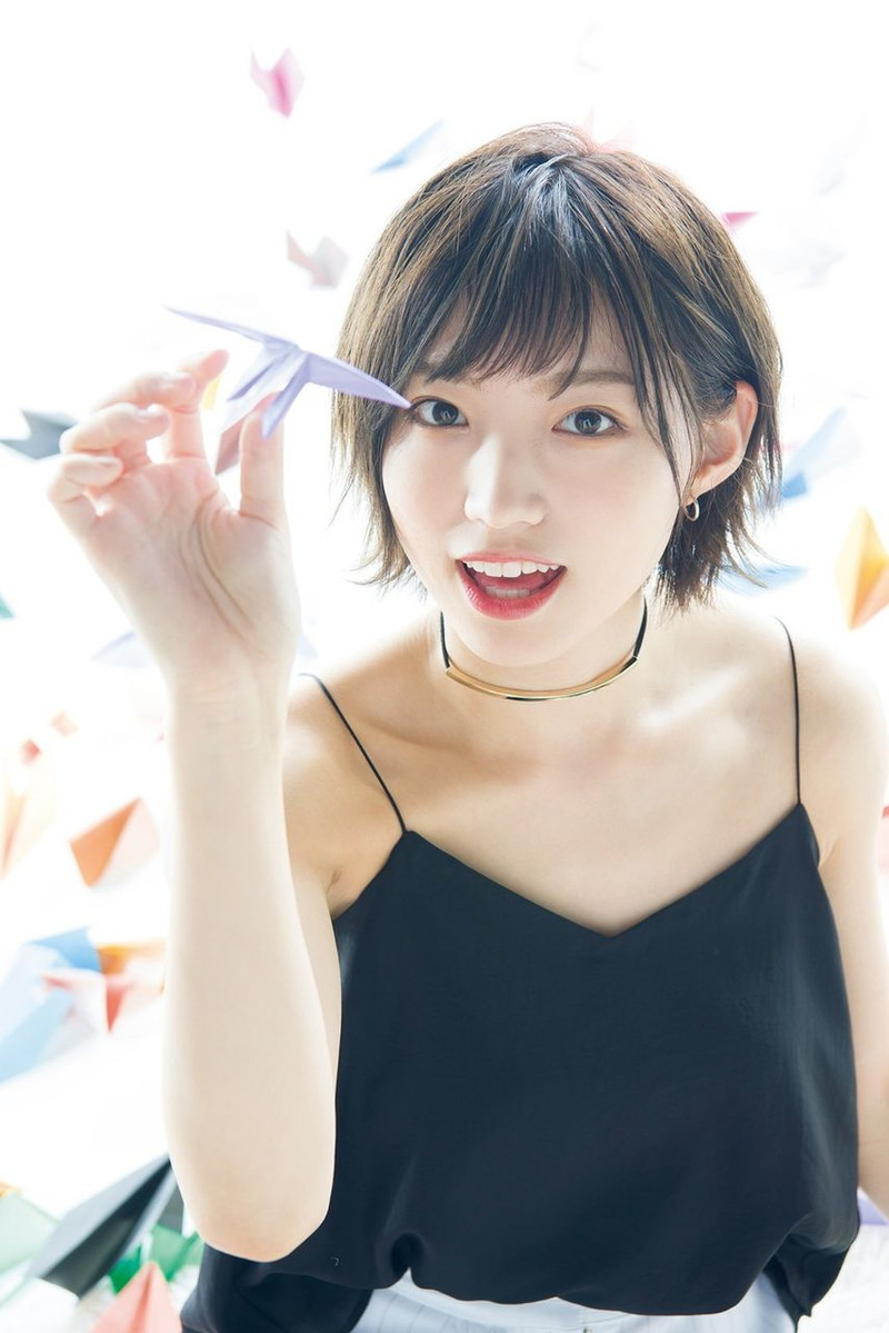 【太田夢莉グラビア画像】ショートヘアが似合って可愛い元アイドル 31