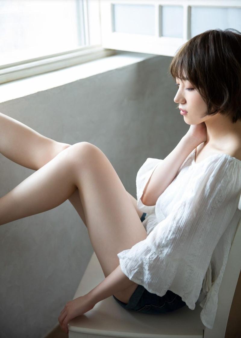 【太田夢莉グラビア画像】ショートヘアが似合って可愛い元アイドル 55