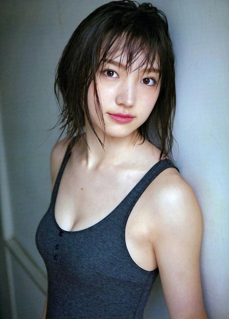 【太田夢莉グラビア画像】ショートヘアが似合って可愛い元アイドル 56