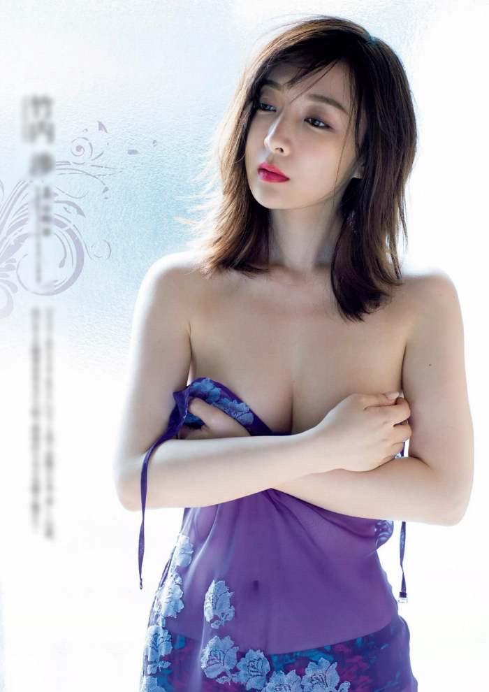 【竹内渉エロ画像】三十路を越えてファースト写真集を発売した美尻自慢の美女 30