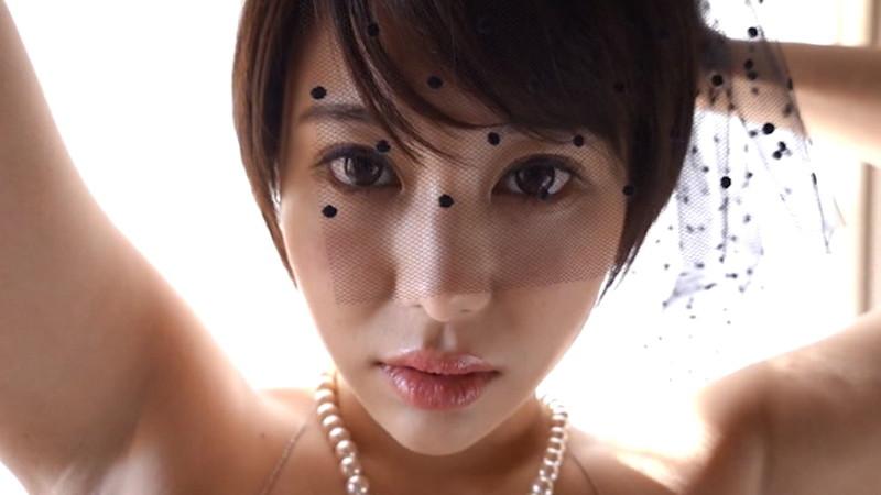 【山本ゆうキャプ画像】Hカップに目が行きがちだけどショートヘアも良い! 07
