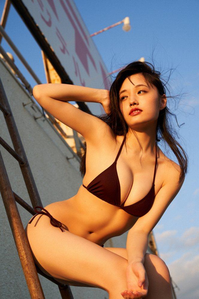 【安藤咲桜グラビア画像】釣りが出来る元アイドルのちょいエロ水着姿 77