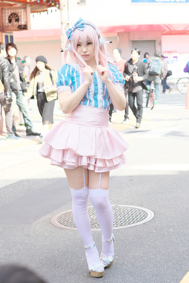 【えなこコスプレ画像】アニメコスプレがどれもこれも可愛くて衣装も気合が入ってる! 11
