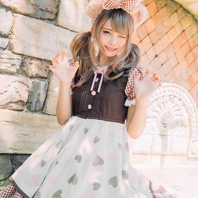 【えなこコスプレ画像】アニメコスプレがどれもこれも可愛くて衣装も気合が入ってる! 74