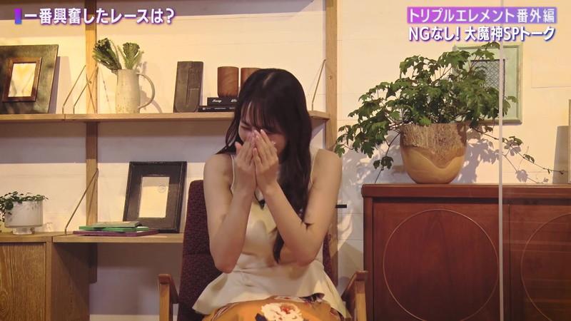 【女子アナキャプ画像】着衣オッパイや脇チラがエロいフリーアナウンサー 32