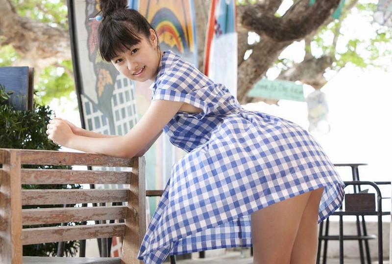 【伊倉愛美グラビア画像】ももクロ初期アイドルの可愛くチョイエロな水着姿 32