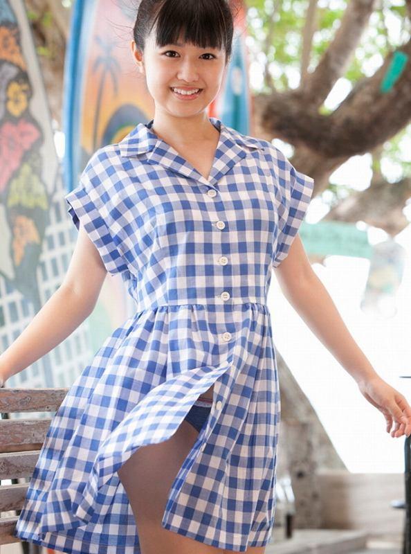 【伊倉愛美グラビア画像】ももクロ初期アイドルの可愛くチョイエロな水着姿 35