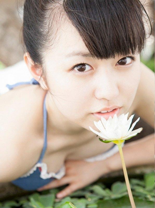 【伊倉愛美グラビア画像】ももクロ初期アイドルの可愛くチョイエロな水着姿 37