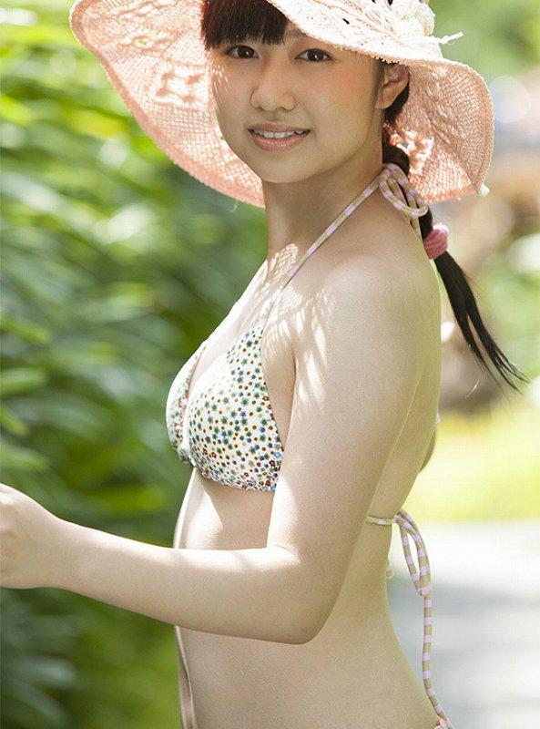 【伊倉愛美グラビア画像】ももクロ初期アイドルの可愛くチョイエロな水着姿 45