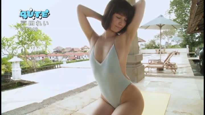 【戸田れいキャプ画像】美熟女グラドルがラストDVDで卒業するって!? 11