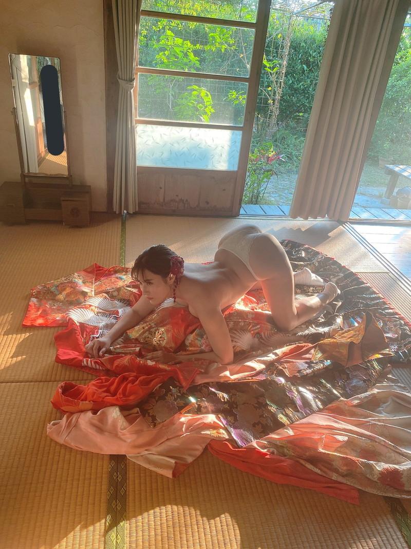 【平田梨奈キャプ画像】AKBを抜けてグラドルになっちゃったエッチな女の子 76