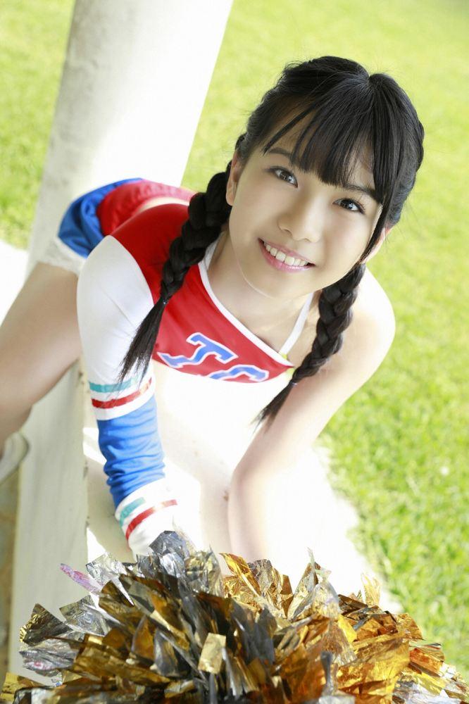 【朝日ななみグラビア画像】清純系美少女タレントのスレンダーなビキニ姿 26