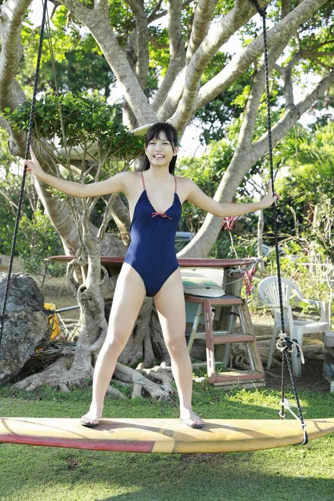 【朝日ななみグラビア画像】清純系美少女タレントのスレンダーなビキニ姿 47