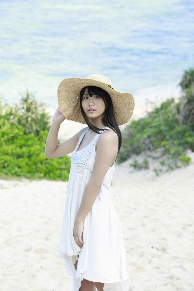 【朝日ななみグラビア画像】清純系美少女タレントのスレンダーなビキニ姿 60