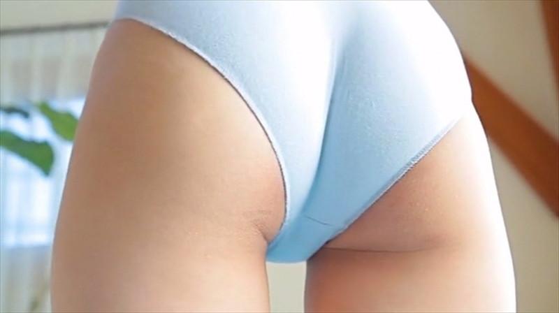 【尾崎愛花お宝画像】ジュニアアイドルで頑張っていた童顔娘のエッチな姿 10