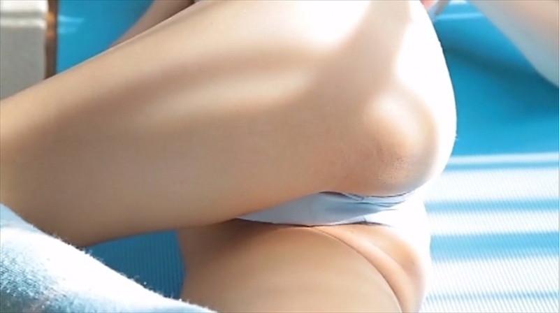 【尾崎愛花お宝画像】ジュニアアイドルで頑張っていた童顔娘のエッチな姿 18