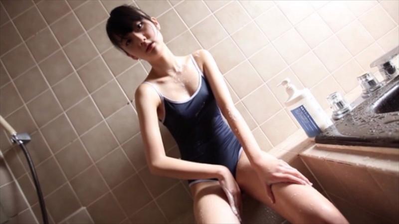 【尾崎愛花お宝画像】ジュニアアイドルで頑張っていた童顔娘のエッチな姿 63