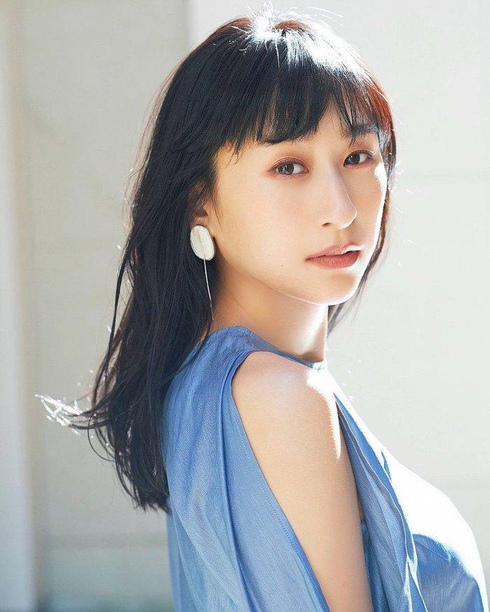 【浅田舞お宝画像】元フィギュアスケーター浅田真央のお姉さん! 79