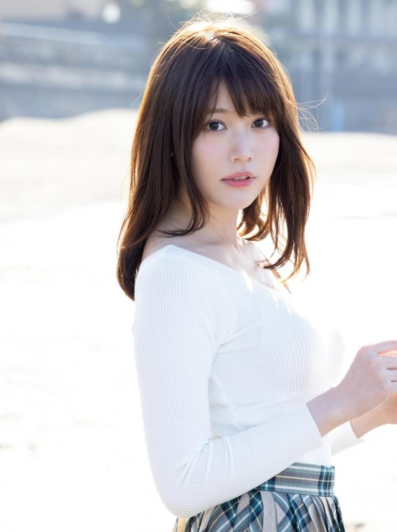 【小日向ゆかエロ画像】SNSで可愛すぎると話題になったFカップ美少女 35