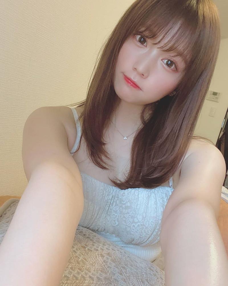 【小日向ゆかエロ画像】SNSで可愛すぎると話題になったFカップ美少女 57