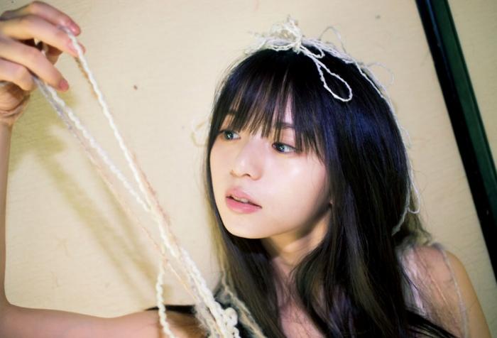 【齋藤飛鳥グラビア画像】美少女と評判の乃木坂アイドルがやっぱり可愛い! 15