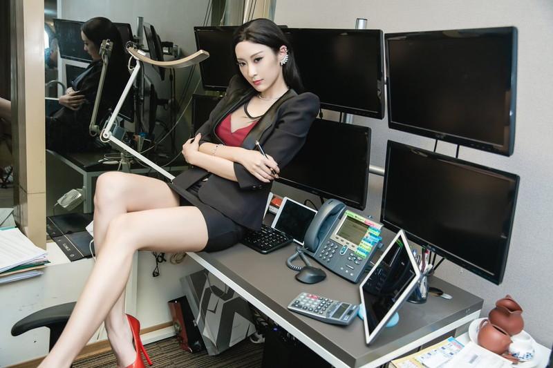 【王子妃エロ画像】台湾出身の美人コスプレイヤーがマジでシコい 03