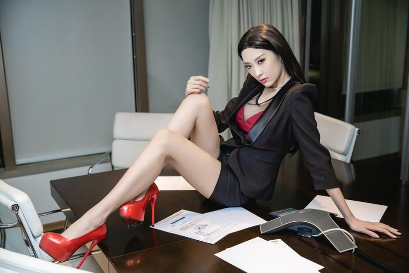 【王子妃エロ画像】台湾出身の美人コスプレイヤーがマジでシコい 04