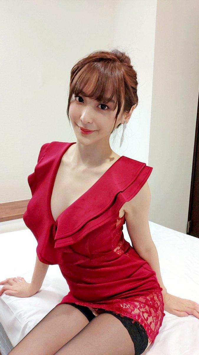 【王子妃エロ画像】台湾出身の美人コスプレイヤーがマジでシコい 16
