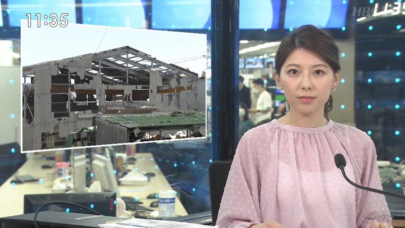 【上村彩子キャプ画像】スケスケシースルーを見せつけるエロ女子アナwwww 18