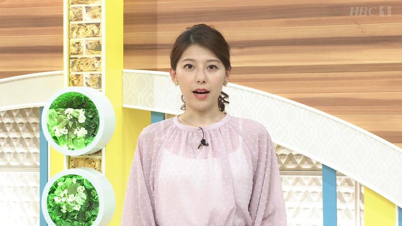 【上村彩子キャプ画像】スケスケシースルーを見せつけるエロ女子アナwwww 20