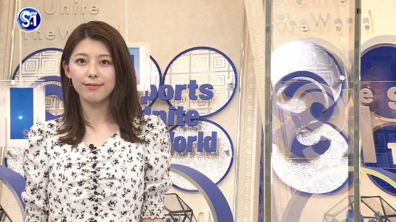【上村彩子キャプ画像】スケスケシースルーを見せつけるエロ女子アナwwww 43