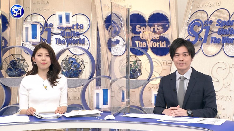 【上村彩子キャプ画像】スケスケシースルーを見せつけるエロ女子アナwwww 60