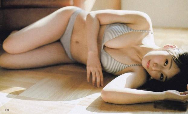 【栗原紗英グラビア画像】可愛さの中にセクシーさも混在しているアイドル 03