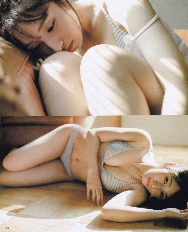 【栗原紗英グラビア画像】可愛さの中にセクシーさも混在しているアイドル 20