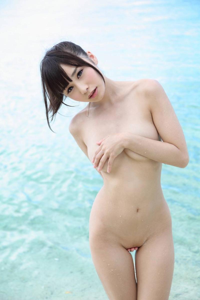 【逢坂愛エロ画像】まるで着エロイメージみたいに過激なグラビアアイドルがヌケる! 32