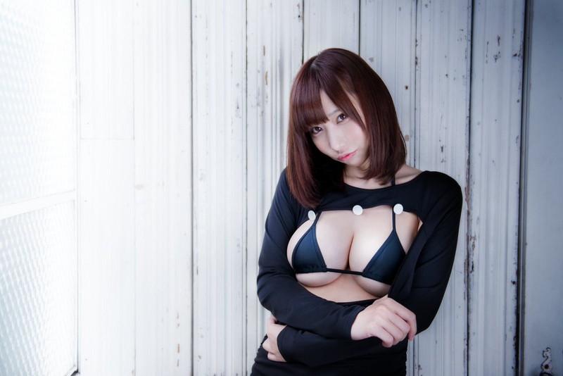 【花咲来夢エロ画像】スレンダー爆乳ボディがめちゃシコれるコスプレイヤー 06