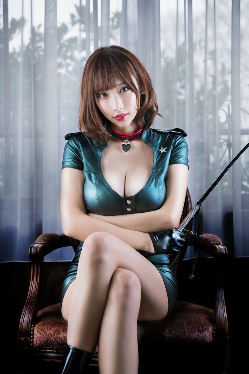 【花咲来夢エロ画像】スレンダー爆乳ボディがめちゃシコれるコスプレイヤー 36