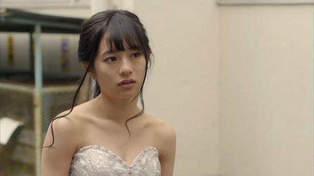 【伊藤萌々香キャプ画像】アイドルだった若手女優のちょっとセクシーなシーン 04