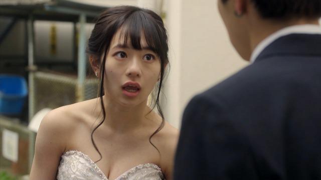 【伊藤萌々香キャプ画像】アイドルだった若手女優のちょっとセクシーなシーン 07